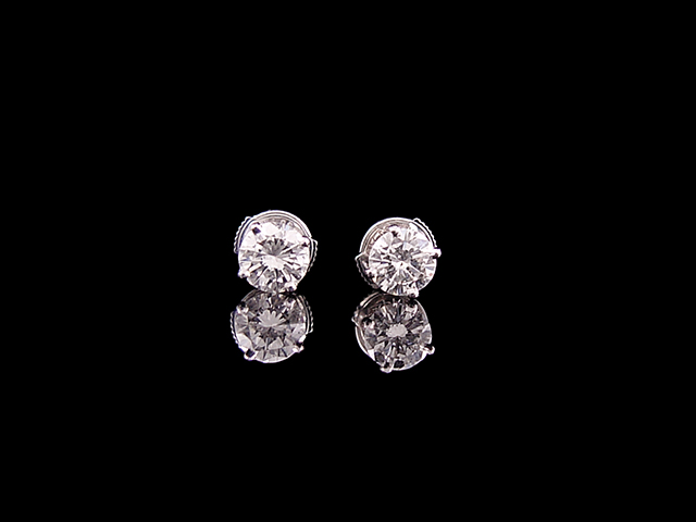 earrings-gold-diamond-studs.jpg