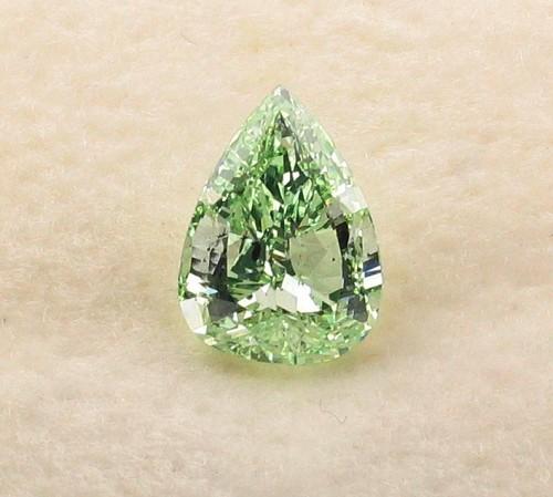 Green 0.65 ct.JPG